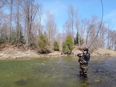 Fishing a Steelhead on a Centerpin rod and reel.