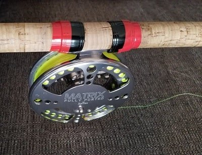 This is how to secure a Centerpin reel on a rod